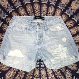 Hollister mom jean shorts